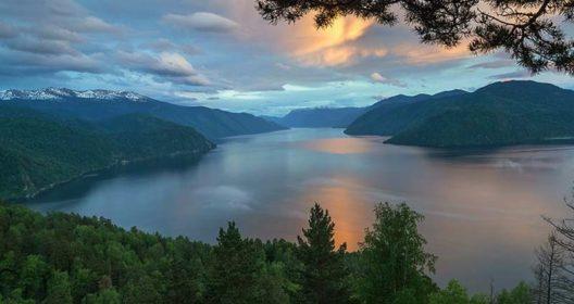 Altai_tur_teleckoe-ozero